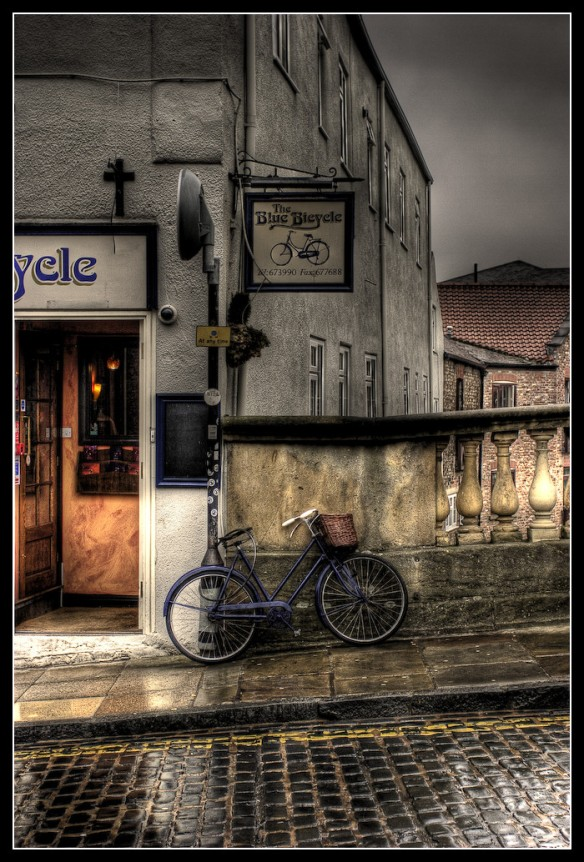 the-blue-bicycle